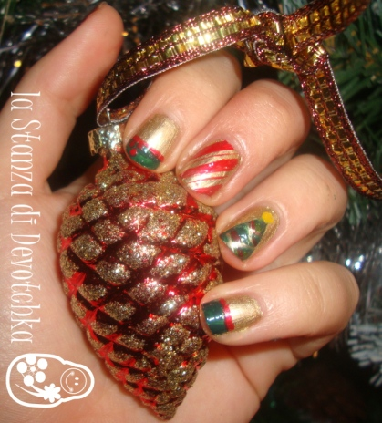 christmas gold nail art